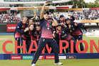 PHOTOS: जीत का डांस हो तो ऐसा, इंग्लिश टीम के जैसा