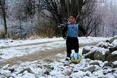 मेसी की जर्सी पहन इंटरनेट पर छा गया 5 साल का नन्हा अफगानी