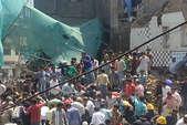 मुंबई में तीन मंजिला इमरात गिरी, 3 की मौत