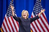 पहली महिला उम्मीदवार बनकर हिलेरी ने रचा इतिहास