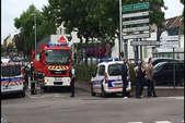 अब फ्रांस के चर्च में ISIS का हमला, चाकू से गला रेतकर एक बंधक की हत्या