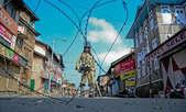 कश्मीर में फिर कर्फ्यू, अलगाववादियों ने तेज किया प्रदर्शन