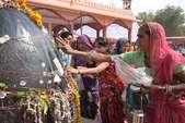 सावन का पहला सोमवार, मंदिरों में उमड़े श्रद्धालु, बोलबम से गूंजे शिवालय