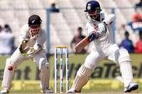 LIVE कोलकाता टेस्टः टीम इंडिया की पहली पारी 316 रन, न्यूजीलैंड को चौथा झटका