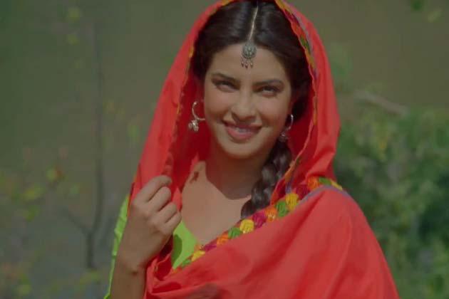 फिल्मकार कुणाल कोहली की नई फिल्म तेरी मेरी प्रेम कहानी में प्रियंका चोपड़ा एक नवोदित अभिनेत्री की भूमिका में होंगी तो शाहिद कपूर एक संघर्षरत संगीतकार के किरदार में दिखेंगे। शाहिद कपूर और प्रियंका चोपड़ा के अलावा फिल्म में प्राची देसाई और नेगा शर्मा भी दिखाई देंगी। फिल्म 'कमीने' के बाद शाहिद और प्रियंका एक बार फिर एक साथ दिखाए देंगे। ये फिल्म इसी साल जून में रिलीज होगी। साजिद और वाजिद ने फिल्म का संगीत दिया है।