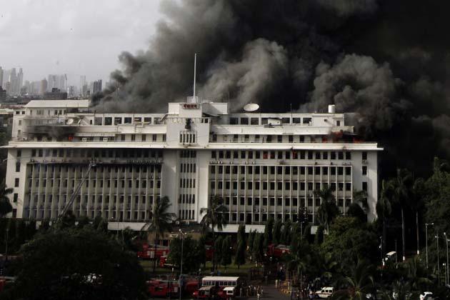 महाराष्ट्र के उपमुख्यमंत्री अजीत पवार के मुताबिक मंत्रालय में लगी आग से हो सकता है आदर्श घोटाले की फाइलों को नुकसान पहुंचा हो।