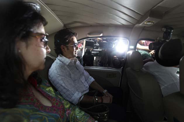 वैसे तेंदुलकर ने ये साफ कर दिया है कि फिलहाल क्रिकेट को अलविदा कहने का उनका कोई इरादा नहीं है। (फोटो- AP)