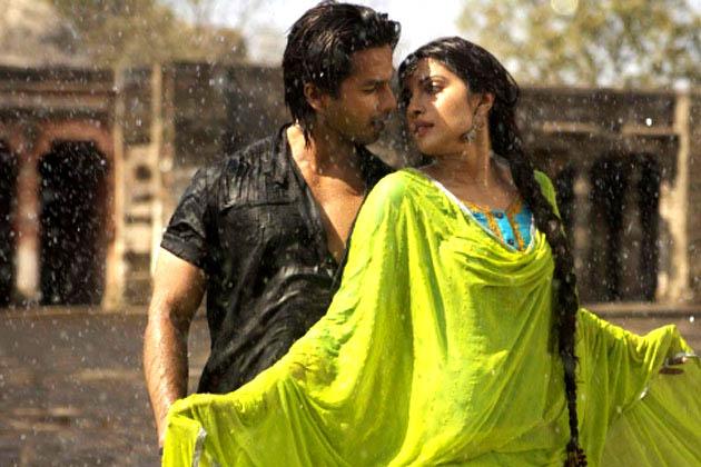 22 जून 2012 को रिलीज होने वाली फिल्म तेरी मेरी कहानी शाहिद कपूर-प्रियंका चोपड़ा की साथ में दूसरी फिल्म होगी।