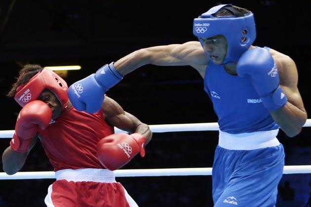 भारत की स्टार बैडमिंटन खिलाड़ी सायना नेहवाल, मुक्केबाज विजेंदर सिंह और जयभगवान ने लंदन ओलम्पिक में भार की उम्मीदें जिंदा रखी हैं।