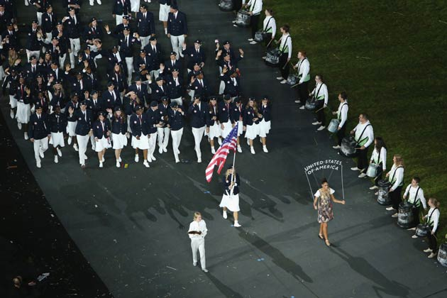 इस मौके पर लंदन ओलम्पिक खेलों की आयोजन समिति (एलओसीओजी) के अध्यक्ष सेबेस्टियन कोए और अंतर्राष्ट्री ओलम्पिक संघ (आईओसी) के अध्यक्ष जैक्स रोगे ने अपने भाषण से सभी का स्वागत किया।