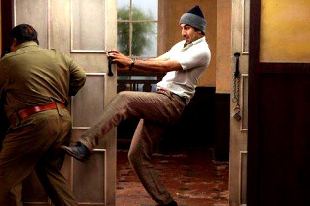 'डोंट वरी बी बर्फी' यही है फिल्म की फिलॉसफी। रणबीर कपूर का किरदार खुशियां फैलाने में यकीन रखता है। लोगों को हंसाना उसकी जिंदगी का एकमात्र मकसद है।</p>   <div class=