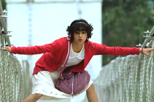 प्रियंका का किरदार फिल्म में आटिज्म से पीड़ित लड़की का है। प्रियंका को लगता है कि फिल्म में उनका हेयरस्टायल सचिन तेंदुलकर जैसा है।