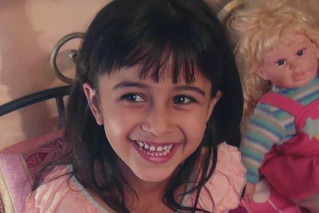 फिल्म में मनीषा कोइराला एक बार फिर बॉलीवुड में वापसी कर रही हैं। फिल्म 12 अक्टूबर को रिलीज होगी।<br /> <br />