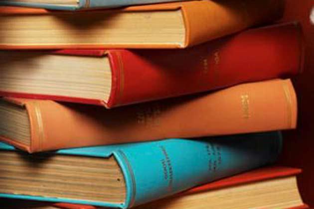दिल्ली के प्रगति मैदान में किताबों का कुंभ
