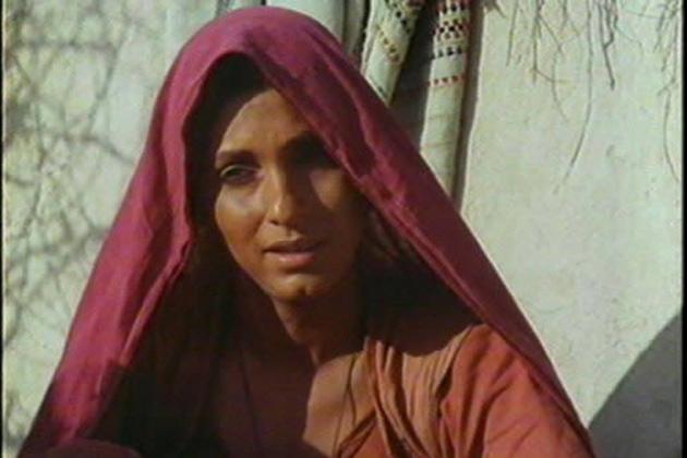 1993 में स्मिता पाटिल की रुदाली।