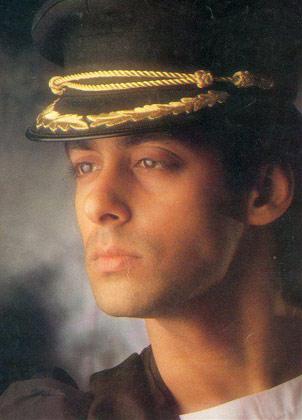 सलमान खान की 'मैने प्यार किया' से लेकर 'टाइगर' तक की कुछ अनदेखी तस्वीरें।