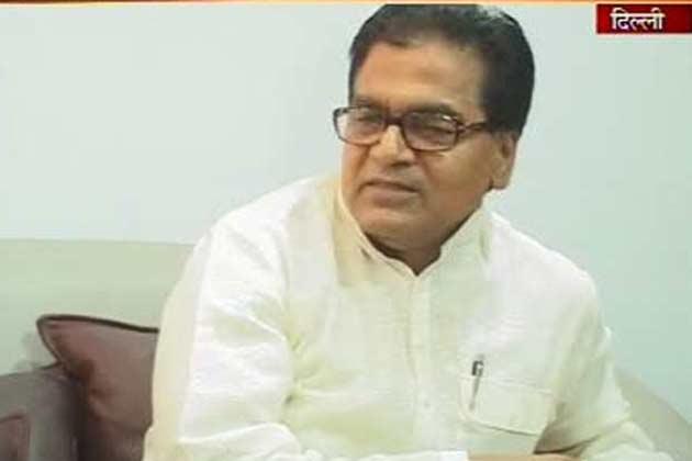 केन्द्र सरकार ने दागी मंत्रियों को प्रोन्नत किये: एसपी