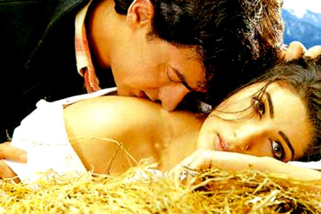 साल 2000 में आई आमिर खान की 'मेला' भी फ्लॉप फिल्मों की फेहरिस्त में शामिल है। इस फिल्म को उनके भाई फैसल खान का करियर संवारने के लिए बनाया गया था।