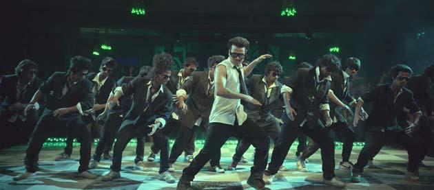 फिल्म में डांस इंडिया डांस के विनर सलमान, धर्मेश, प्रिंस, मयूरेश और वृशाली मुख्य भूमिका में हैं।