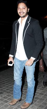 रितेश देशमुख अब फिल्म निर्माण के क्षेत्र में उतर गए है। इसी कड़ी में मुंबई में रितेश ने अपनी पहली मराठी फिल्म 'बालक पलक' का प्रीमियर रखा। फिल्म के प्रीमियर पर बॉलीवुड के कई कलाकार शामिल हुए।