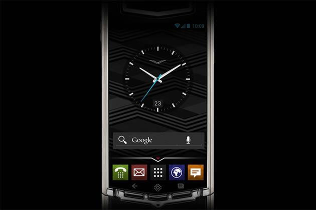 वर्टू के लग्जरी एंड्रॉयड स्मार्टफोन 'वर्टू टीआई' में 3.7 इंच की टचस्क्रीन डिसप्ले है। वर्टू के फोन दुनिया के चंद अमीर लोग ही खरीदते हैं।