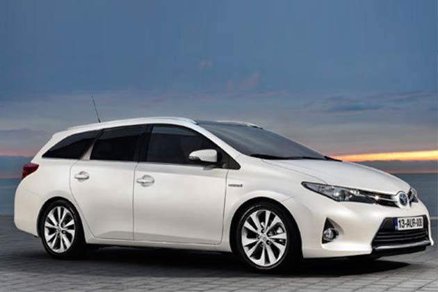 टोयोटा ने जिनेवा टॉ शो में अपनी नई बेहतरीन कार से पर्दा उठाया।