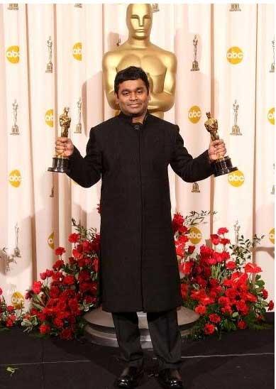 भारत को लंबे समय बाद 2009 में ऑस्कर दिलाया ए आर रहमान ने। रहमान को स्लमडॉग मिलिनेयर में बेस्ट म्यूजिक स्कोर और सर्वश्रेष्ठ गीत के लिए ऑस्कर मिला।