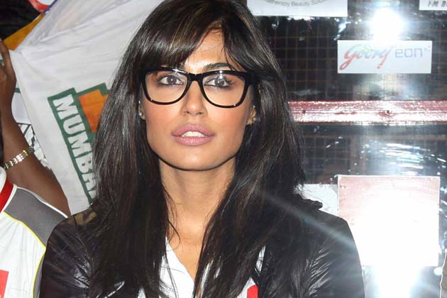 मुंबई हीरोज के एक मैच के दौरान बॉलीवुड अभिनेत्री चित्रांगदा सिंह।