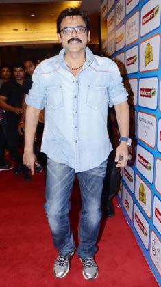 तेलुगु सिनेमा के एक्टर वेंकटेश ने भी सीसीएल की पार्टी में शिरकत की।