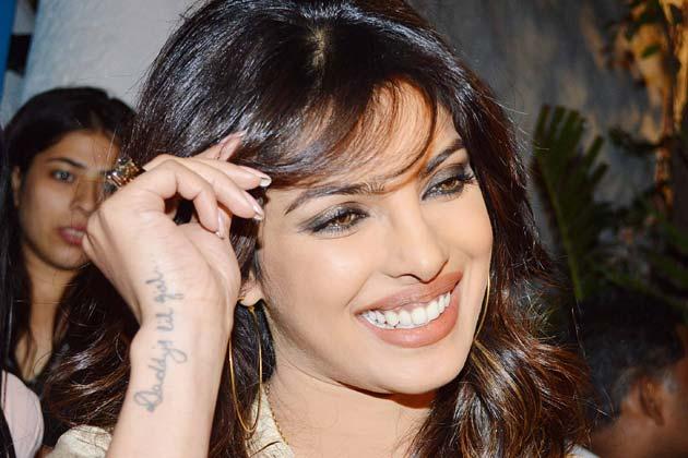 <br /> संजय लीला भंसाली की बर्थडे पार्टी में प्रियंका चोपड़ा भी पहुंची।<br />