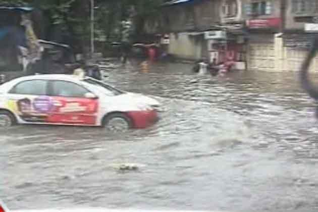 मुंबई वालों सावधान,दो दिन झूम के बरसेंगे बदरा!