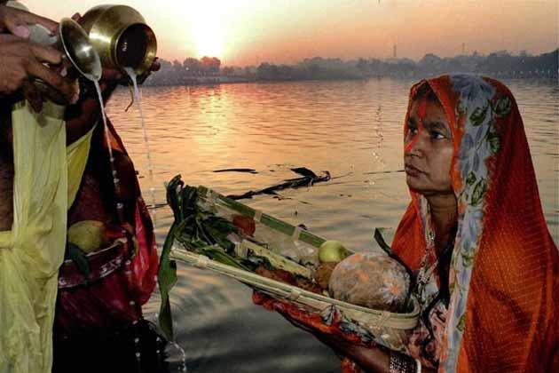 पटना में छठ पूजा सांप्रदायिक सौहार्द की मिसाल
