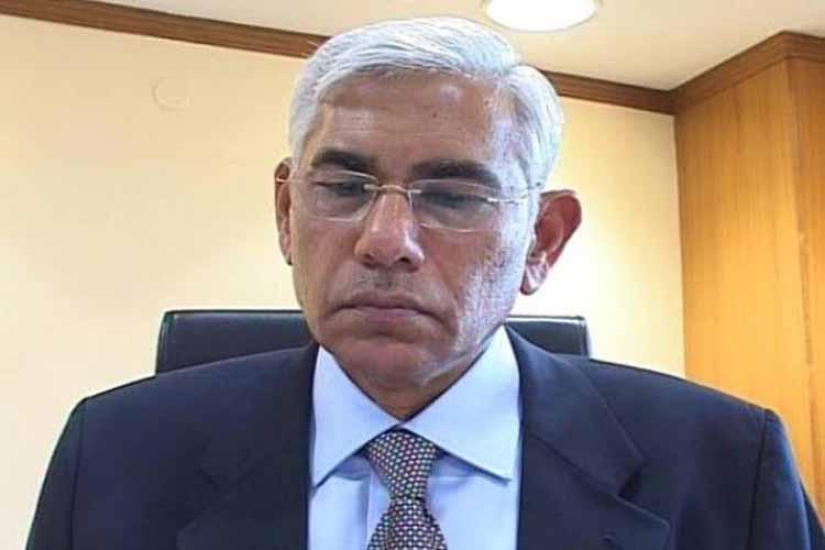 IDFC के डायरेक्टर बने पूर्व CAG विनोद राय!