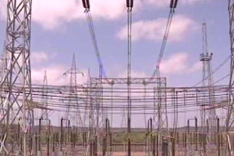 दिल्ली में बिजली कंपनियों का फर्जीवाड़ा, 8 हजार करोड़ का नुकसान दिखाया!