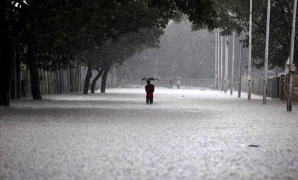 चेन्नई: ठहर गई जिंदगियां, न खाने को कुछ बचा, न पैसा