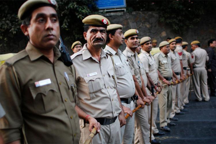 संसदीय पैनल ने की दिल्ली पुलिस की आलोचना, कहा- चुस्ती बढ़ाएं