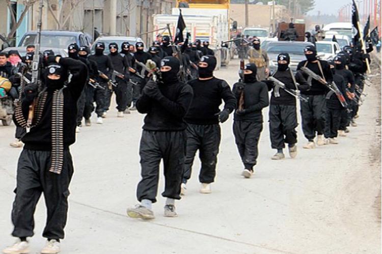 आईएस ने इराक में 300 लोगों को दी मौत की सजा, पूर्व पुलिस-सैनिक भी शामिल