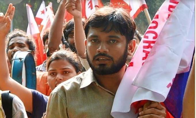 कन्हैया के मां-पिता बोले, हिंदूवादी राजनीति का शिकार हुआ है हमारा बेटा