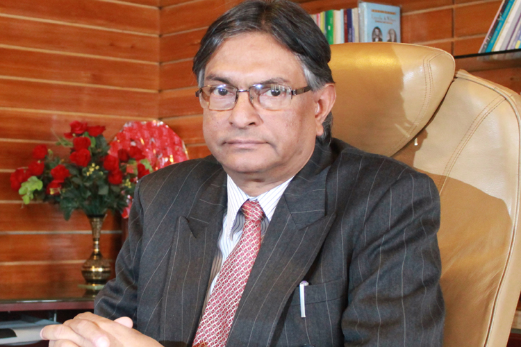 Prof_Talat_Amad_in_2012