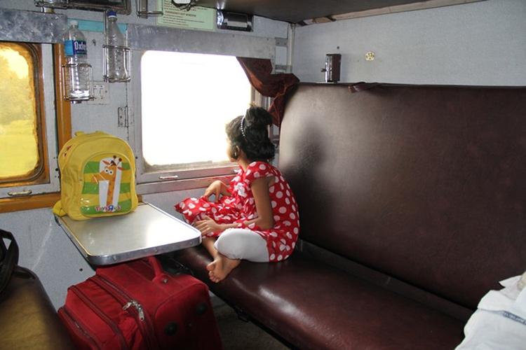 रेलवे ने बदला टिकट का नियम, हाफ टिकट पर बच्चों को नहीं मिलेगी सीट