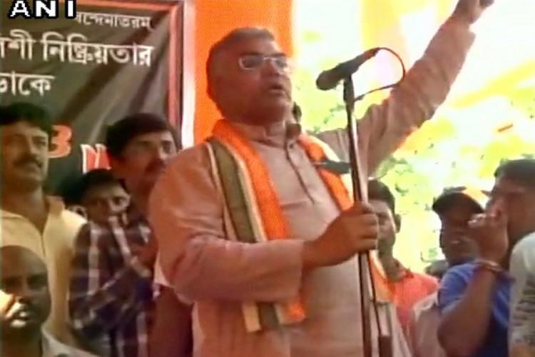 हम आरएसएस से ट्रेंड हैं, टीएमसी वालों को घर में घुसकर मारेंगे: बीजेपी नेता