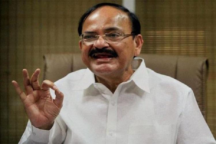 नायडू ने फिर की PM की तारीफ, कहा- MODI मतलब 'मेकिंग ऑफ डेवेलप्ड इंडिया