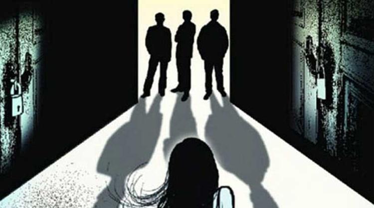 मथुरा: दहेज के लिए सगी बहनों की हत्या, सुसरालवाले फरार