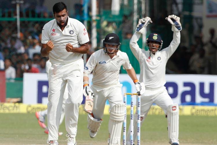 कानपुर टेस्ट चौथा दिन: मुश्किल में मेहमान, भारतीय टीम के पास है 341 रन की लीड