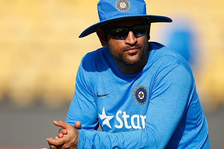 किन क्रिकेटर्स को धोनी करना चाहते थे टीम से बाहर? डायरेक्टर ने ये कहा