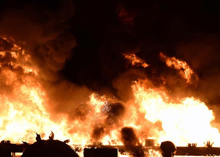 तमिलनाडु: पटाखा फैक्ट्री में आग से 9 लोगों की मौत, दर्जन भर लोग घायल