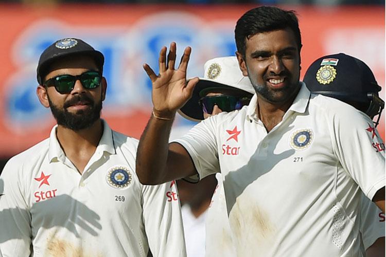 न्यूजीलैंड को टेस्ट सीरीज में 3-0 से हराने के साथ ही भारत ने टेस्ट रैंकिंग में चिर प्रतिद्वंद्वी पाकिस्तान को पछाड़ते हुए एक बार फिर शीर्ष स्थान हासिल किया, जिसे कोहली की सेना वर्ष के अंत तक कायम रखने में सफल रही। इस हार से त्रस्त न्यूजीलैंड की टीम ने पांच वनडे मैचों की सीरीज में भारत को अच्छी टक्कर दी लेकिन भारतीय टीम अंतत: 3-2 से सीरीज पर कब्जा जमाने में सफल रही। न्यूजीलैंड के बाद इंग्लैंड के खिलाफ खेली गई सीरीज में जहां एक ओर कई रिकॉर्ड बने, वहीं इसे 4-0 से जीतते हुए भारत ने अपना पुराना बदला भी पूरा किया।