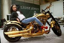 दुनिया की सबसे महंगी बाइक, कीमत जान चौंक जाएंगे आप!