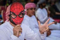 दुबई की ये तस्वीरें भी कर देती हैं हैरान...!