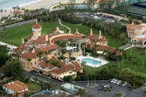 देखें: ये है अमेरिका के नए राष्ट्रपति का लग्जरी घर, जानिए 126 कमरों के इस महल की खूबियां